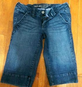 Crop shorts(above knee)